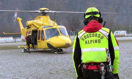 Intervento del soccorso alpino in Valchiusella per uno scialpinista disperso