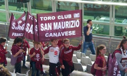 Andrea e Kevin sfilano per il Toro Club San Maurizio