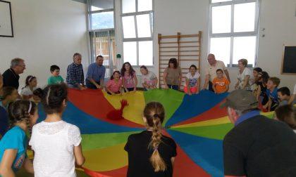 Giochiamo insieme con i nonni a scuola a Bollengo