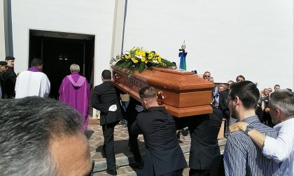 Funerale macchinista morto nel disastro ferroviario di Arè