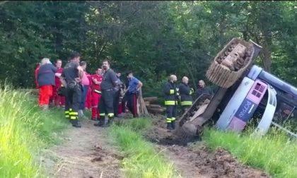 Morto sul lavoro, un uomo ha perso la vita a bordo di un miniescavatore