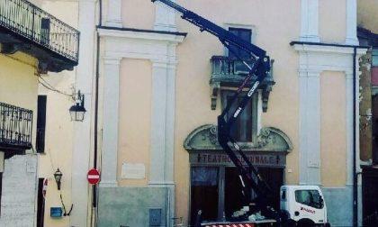 Teatro comunale di Cuorgnè quasi completati i lavori di tinteggiatura
