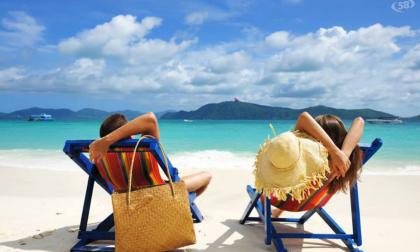 Spiagge piene, agenzie di viaggio vuote: l'allarme di Confesercenti