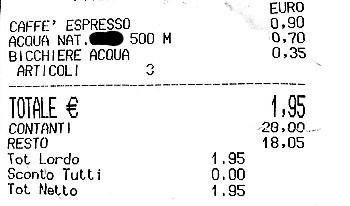 Bar fa pagare 35 centesimi per scaldare il latte del biberon