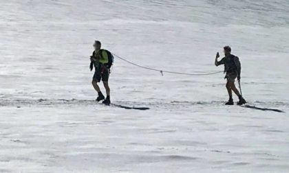 Selfie sul ghiacciaio del Monte Rosa in pantaloni corti: la denuncia della guida alpina