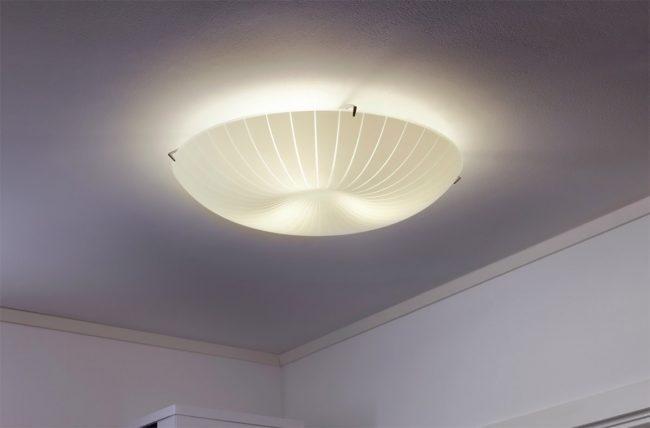 Plafoniere Da Soffitto Di Design : Ikea ritira lampada da soffitto calypso: cè il rischio che cada