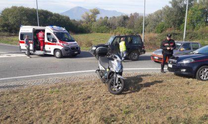 Auto contro scooter sulla SP53 a Ozegna