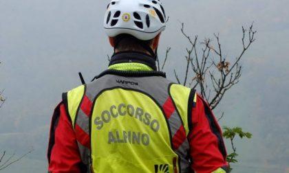 Boscaiolo si infortuna, intervento del Soccorso alpino e 118