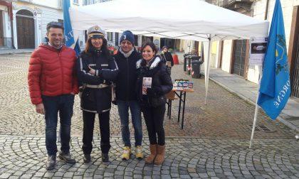 L'Amministrazione comunale di Cuorgnè in piazza contro la violenza sulle donne