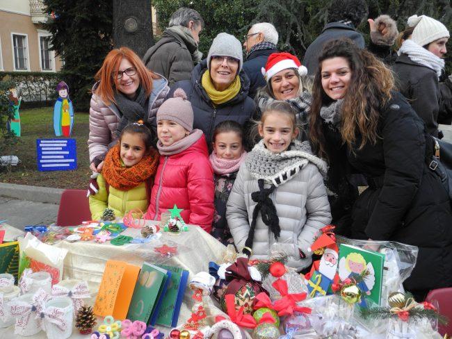 San Maurizio: scuole, associazioni e prodotti locali al mercatino