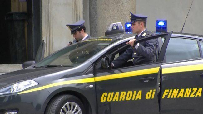 Arrestati imprenditori per bancarotta fraudolenta: intestavano società a prestanome