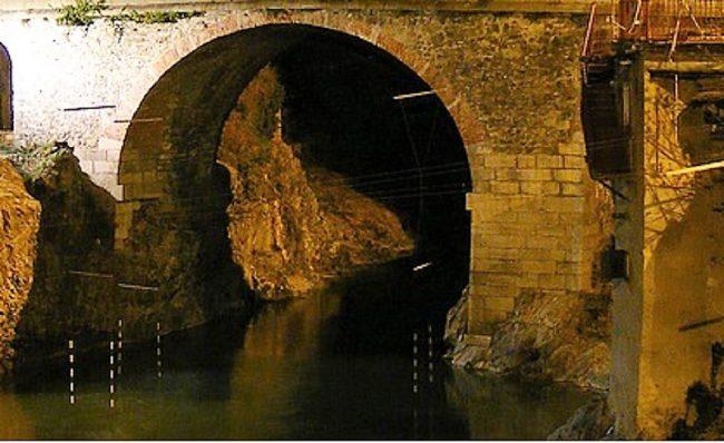 Chiuso il Ponte Vecchio a Ivrea per controlli