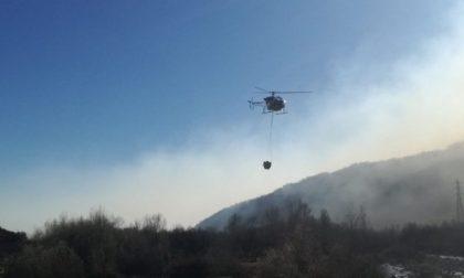 Incendio boschivo nelle Valli di Lanzo ancora attivo ma sotto controllo
