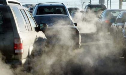 Aria inquinata nelle città, ecco dove scatterà il blocco del traffico