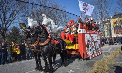 Storico Carnevale Ivrea, cominciata la gara   FOTO