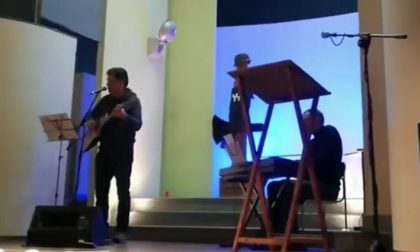 """Applausi per il recital """"Attilio Armando, storia di un partigiano deportato"""""""