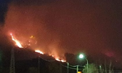 Incendi in Canavese: è stata una lunga notte di lavoro