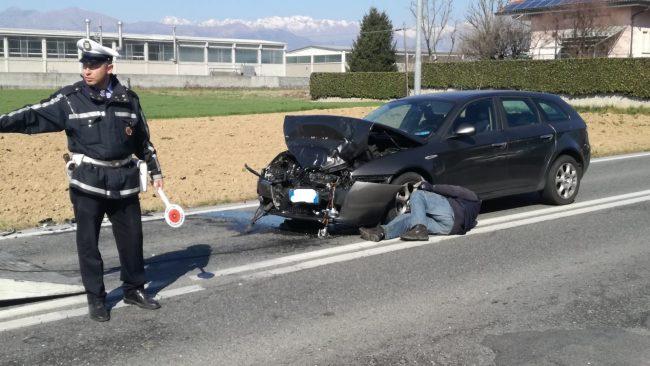 Tamponamento a Feletto, due auto coinvolte | FOTO