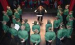 """I cori """"gemellati"""" strappano applausi nel teatro di Leini"""