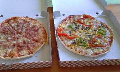 Pizza da asporto: il cartone potrebbe essere velenoso