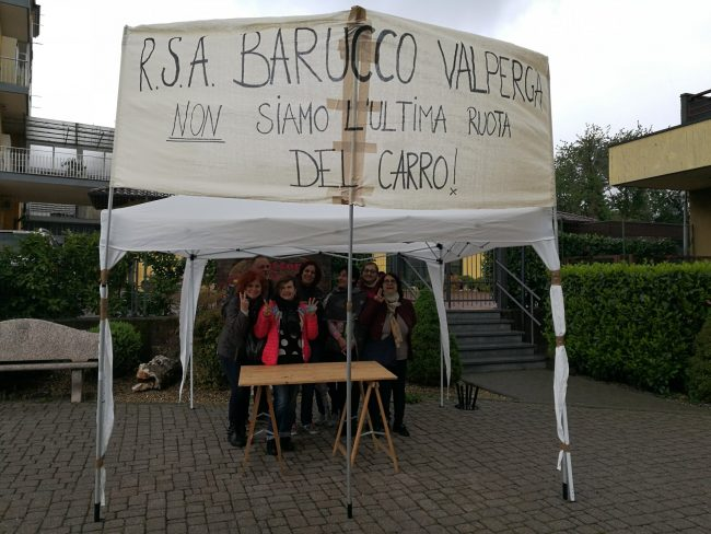 """RSA Barucco di Valperga, lavoratori in protesta: """"Condizioni di lavoro impossibili"""""""