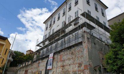 Castellamonte: partiti i lavori di sistemazione del tetto di palazzo Botton