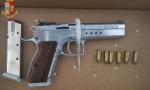 Trovate due pistole in casa di Sinti,  erano state rubate