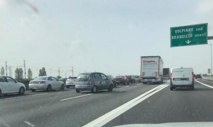 Incidente sulla A4: traffico bloccato dopo l'uscita Volpiano Sud