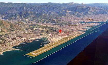 Paura sull'aereo Napoli-Torino: depressurizzazione e atterraggio d'emergenza a Genova