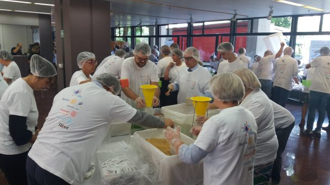 Rise againts hunger, 50mila pasti ponfezionati dai Rotariani per i bambini africani