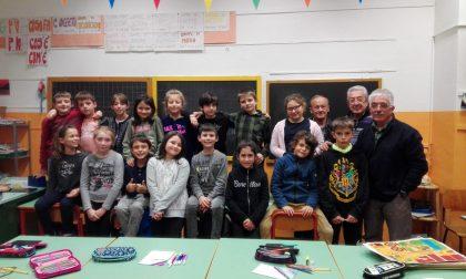 Alla scuola primaria di Priacco bambini entusiasti al corso di traforo