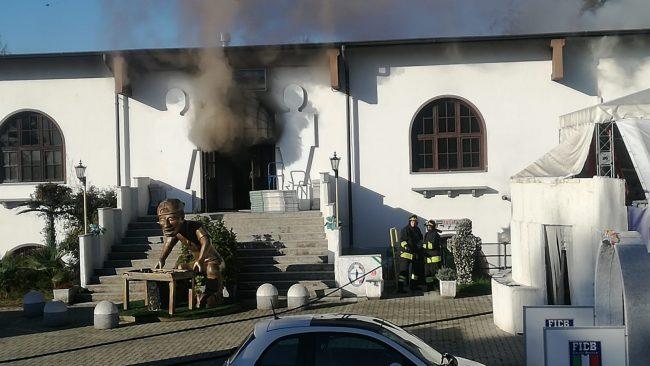 A fuoco la sede della Federazione calcio balilla a Feletto