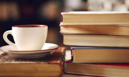 """Questa sera a Ciriè appuntamento con """"Un caffè con l'autore"""" con Don Luca Peyron"""