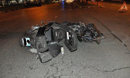 Ubriaco al volante si scontra con una moto: centauro è in prognosi riservata LE FOTO