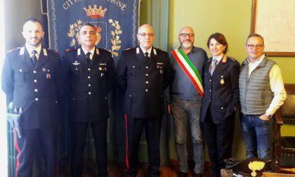Cuorgnè: Festa a sorpresa per il brigadiere capo Giorgio Cosentino