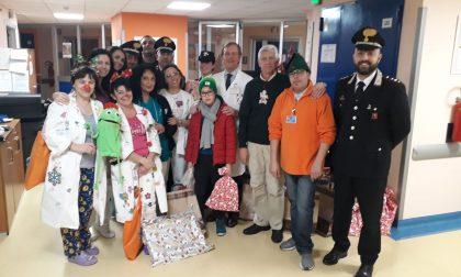 Grande festa di Natale per i bimbi nel reparto Pediatria dell'Ospedale di Ciriè