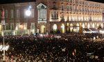 Più di 30 mila Sardine in piazza Castello, sul palco anche il prof de L'Eredità | FOTO