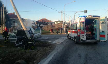 Schianto all'incrocio di Ciconio: tre le persone ferite