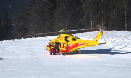 Incidente sugli sci, grave un 14enne