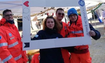 Una lezione salvavita: la Croce Bianca Volpianese in piazza