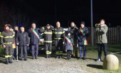 Grande commozione alla cerimonia in ricordo dei vigili del fuoco morti al passaggio a livello a Rivarolo