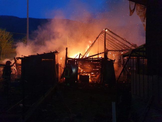Germagnano: a fuoco baracche vicino alla stazione