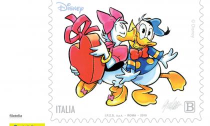 San Valentino, Poste Italiane celebra la festa degli innamorati con due cartoline da collezione