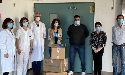 4.500 mascherine per l'ospedale di Ivrea grazie al record solidale di Paola Gianotti