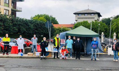 Solidarietà a Cuorgnè, donazioni all'ospedale e alla caserma dei carabinieri