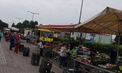 Il mercato di Caselle riapre in piazza Falcone