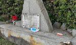 Immondizia gettata al monumento ai caduti di Oglianico, ancora inciviltà