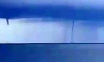 Due trombe d'aria in mare davanti a Imperia: l'impressionante video