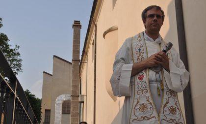 Messa domenicale nel cortile dell'oratorio: la decisione del parroco di Fiano