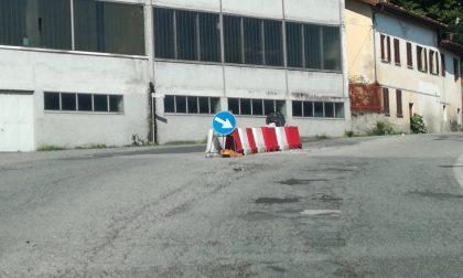 """Il sindaco di Rivara tuona: """"Mettete a posto o chiudo quel tratto di strada"""""""